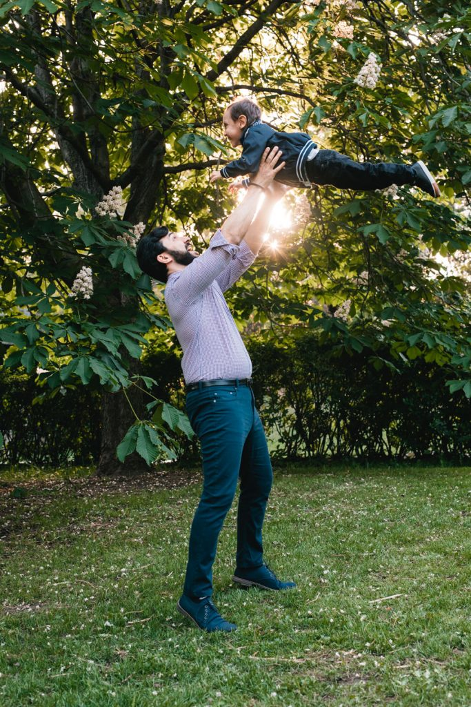 Outdoor Maternity Photographer